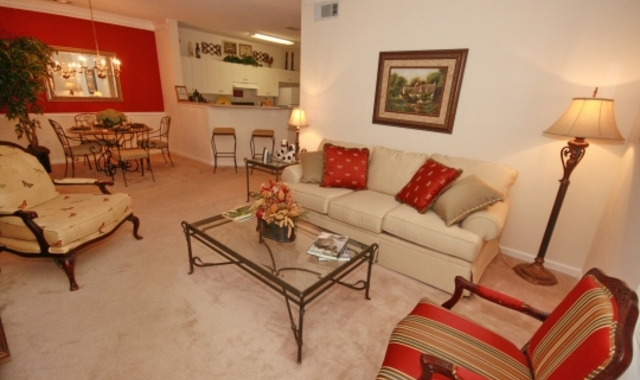 Walden Brook Apartments Living Room